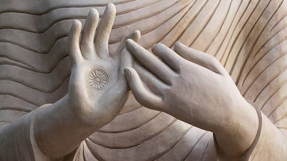 VB-COM-Buddha-mudra-closeup_193149788